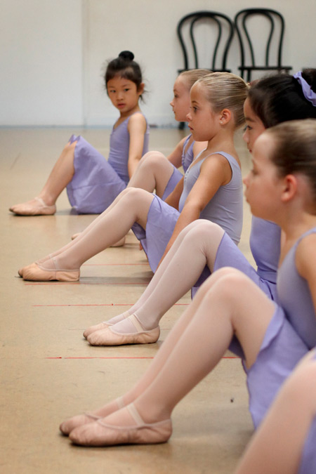 Class-Ballet-Essence-Classes